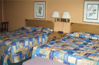 Queen Size Beds at Skylite Motel